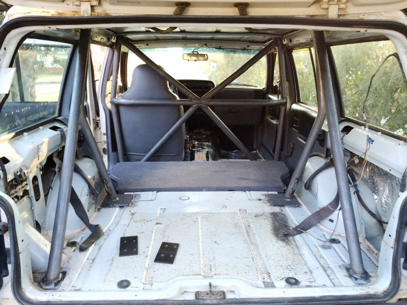 Yamaha Wolverine Backseat And Roll Cage Kit in addition Rh 2001 C moreover Workbench additionally Off Road as well Product Of The Week Poison Spyder Trail Cage. on welding roll bar